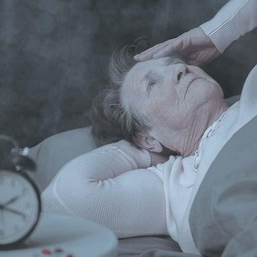 Pijama fantasma para evitar caídas nocturnas de pacientes dependientes