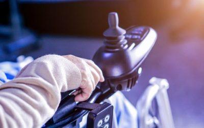 Motor para una silla de ruedas: mantenimiento, recambios y sustitución