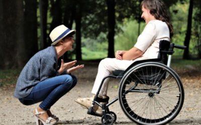 Accesorios para sillas de ruedas que debería tener en cuenta