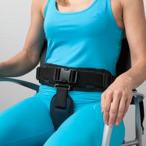 cinturón de seguridad con pieza perineal para silla de ruedas