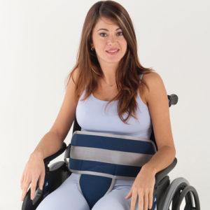 Cinturón abdominal con pieza perineal para silla de ruedas